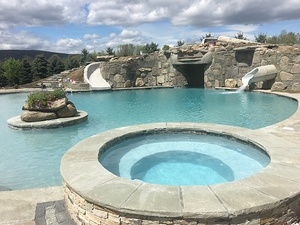 Custom Design In-Ground Pool with Hot Tub